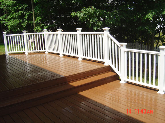 Completed deck in Middletown Connecticut